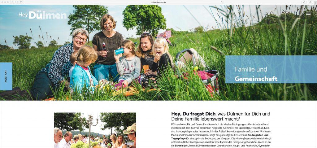 Familien picknick auf wiese